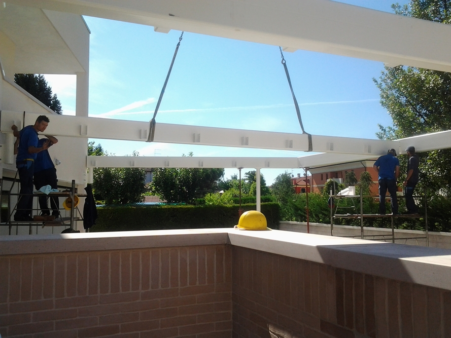 We produce metal canopies for terraces balconies and gardens in aluminum and safety glass with or without shading cover and smooth integrated in the roof ... & METAL CANOPIES | Officina Contado